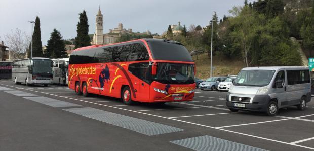 luxe autocars bij Reizen De Globetrotter